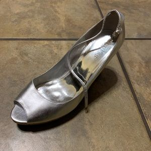 Silver Guess wedges
